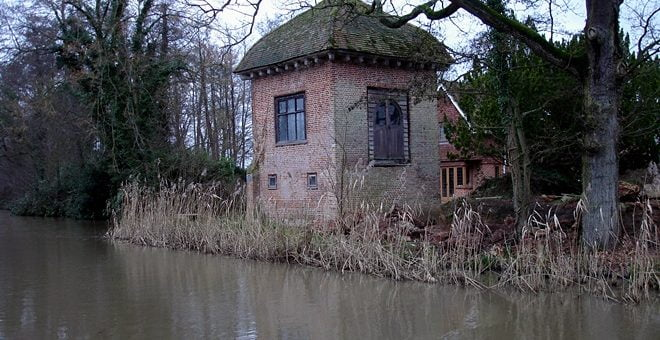 John Donne House, Pyrford